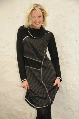 Šaty s dlhým rukávom R3309 - Roberto Naldi